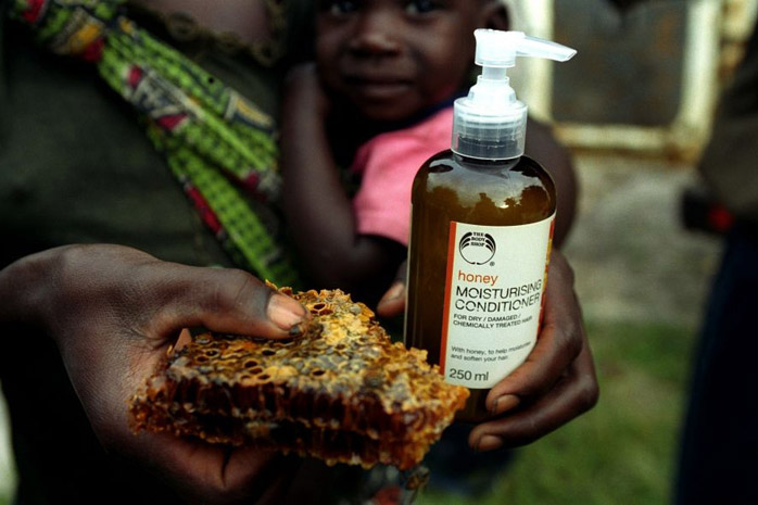 Body Shop / Zambia - Photograph by Jill Mead